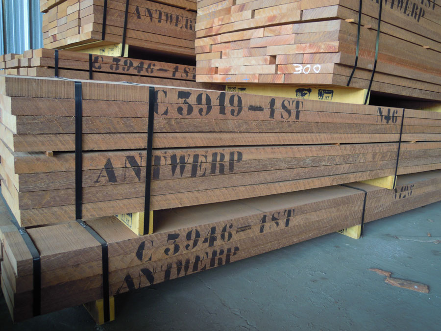 Sawn timber wood azobe