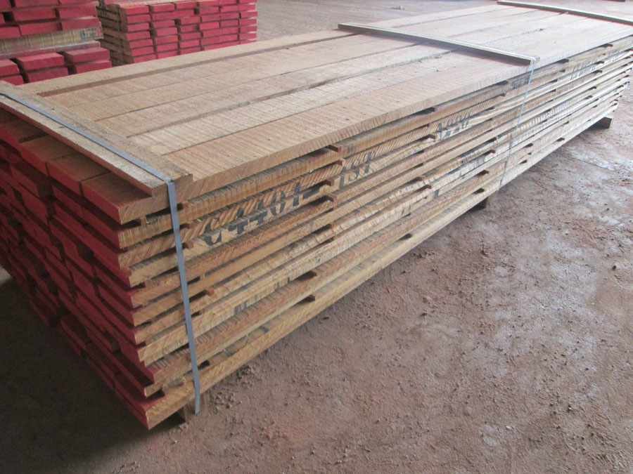 Sawn timber wood dabema