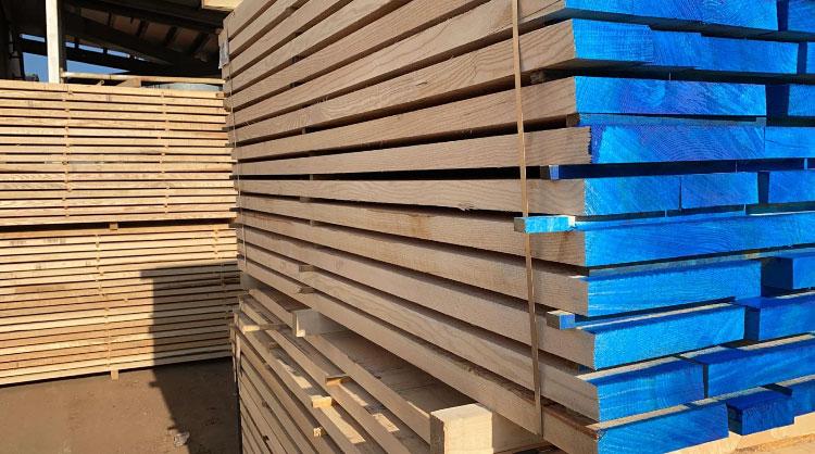 Sawn timber ash